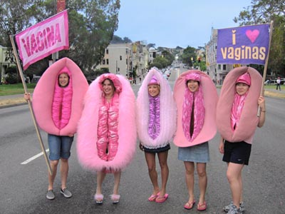 Vagina-lady-bay-to-breakers-2008