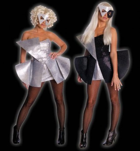 image from blog.costumecraze.com